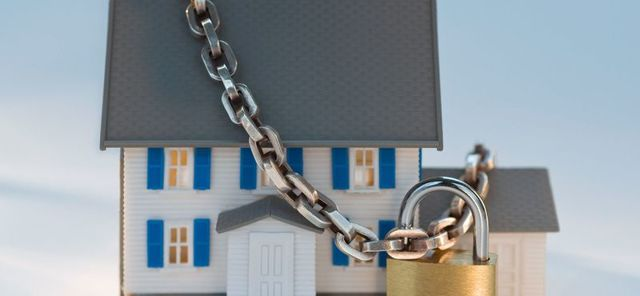 Как узнать, находится ли квартира под арестом или в залоге