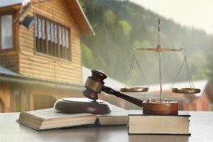 В каких случаях могут наложить арест на недвижимость в 2020 году
