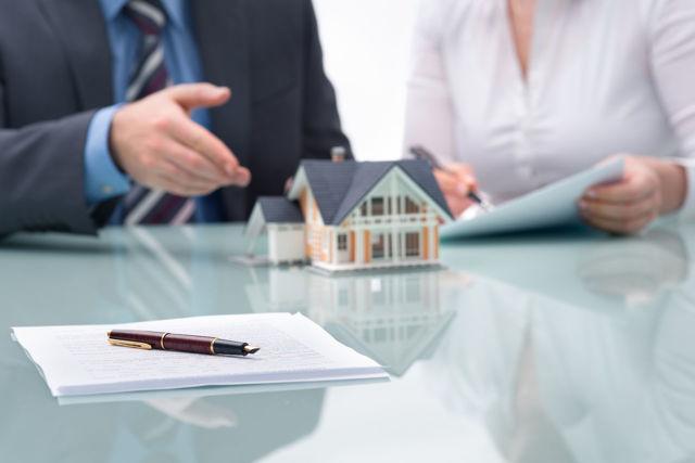 Какие нужны документы для прописки в квартиру, приватизированную и муниципальную