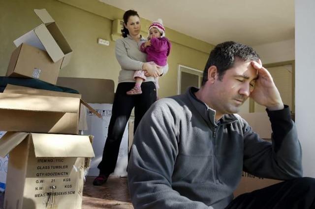 Кем и как составляется акт о непроживании по адресу подтвержденный соседями