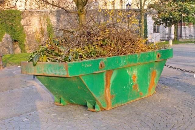 Как осуществляется вывоз крупногабаритного мусора из квартиры