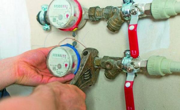 Срок эксплуатации счетчиков на воду в квартирах и причины поломок