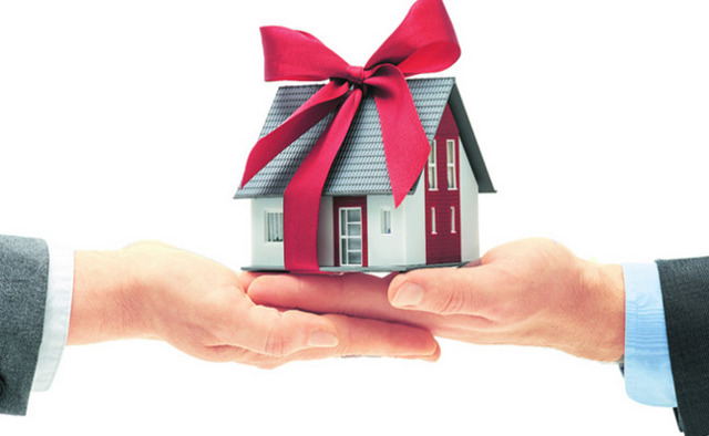 Оформление дарственной на недвижимость близкому родственнику в 2020 году